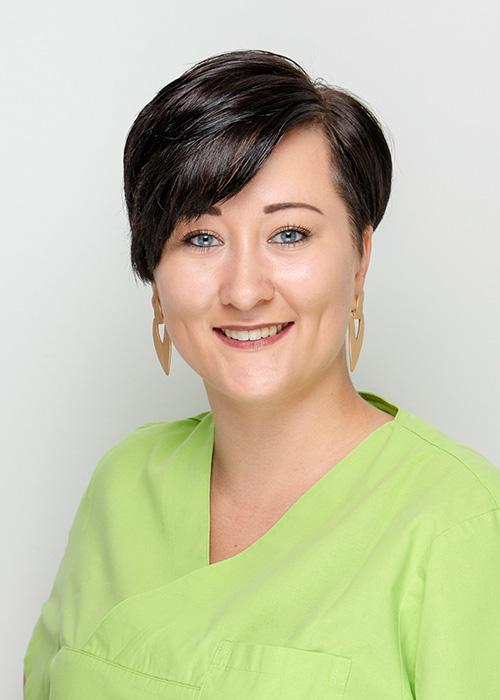 Mitarbeiterin Isabella Grabaum Zahnarzt Halle