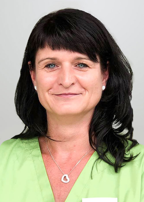 Erfahrene Mitarbeiterin bei Dr. Buchmann in Halle (Saale).