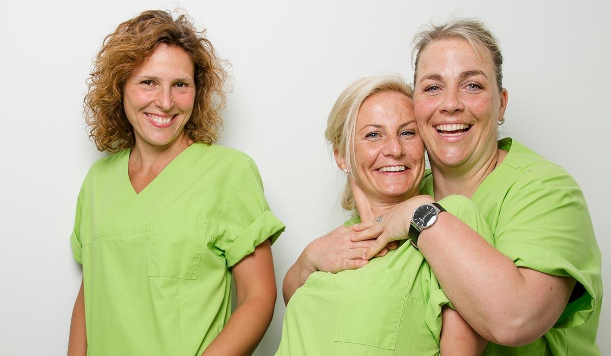 Das Team freut sich über ZFA, die in Halle (Saale) einen Job suchen.,